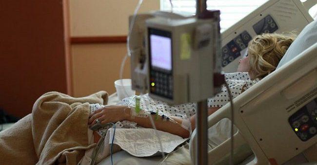 После 2-х мучительных дней схваток, эта женщина ожидала родить девочку, но увиденное поразило врачей.