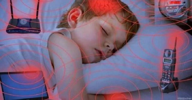 Wi-Fi Воздействие на мозг ребенка