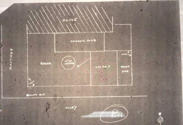 Мужчина купил дом и нашел настоящий клад во дворе