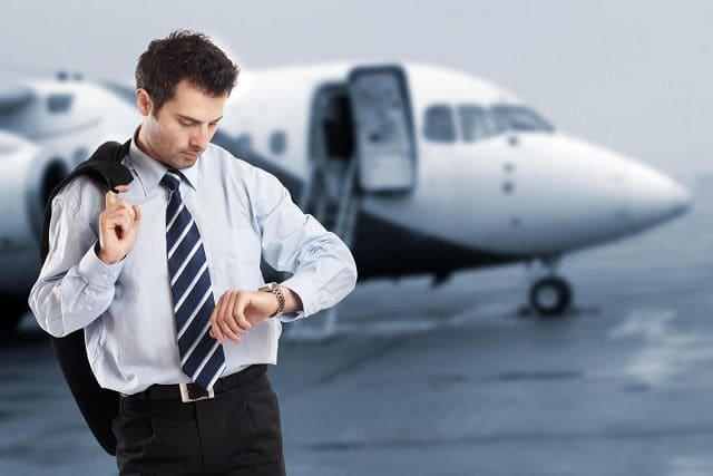 Мужчина согласился посторожить кейс в аэропорту