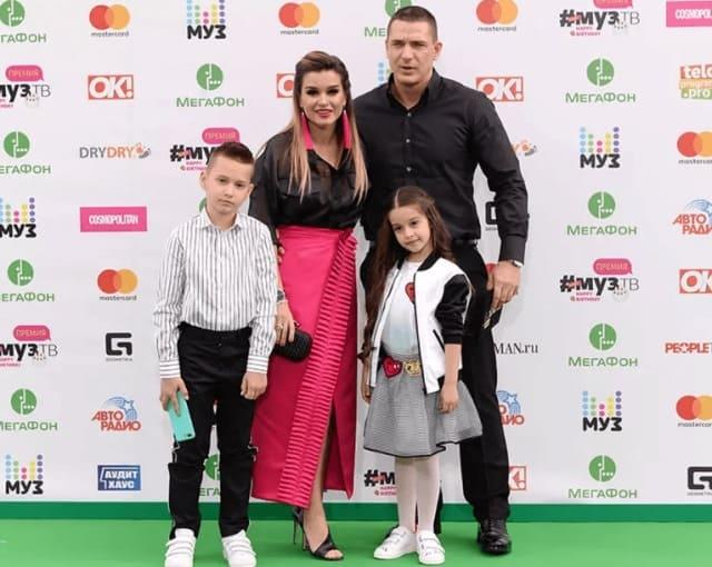 Курбан Омаров и дочь Ксении Бородиной