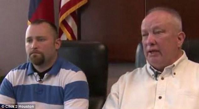 Угрожая пистолетом, отец запретил отключать сына от аппарата жизнеобеспечения, взяв того за руку, но сын…