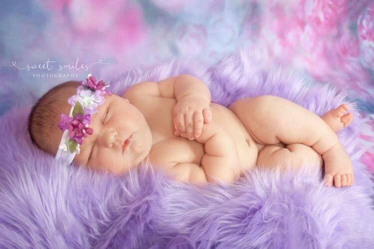 Новорожденная весит 6 кг