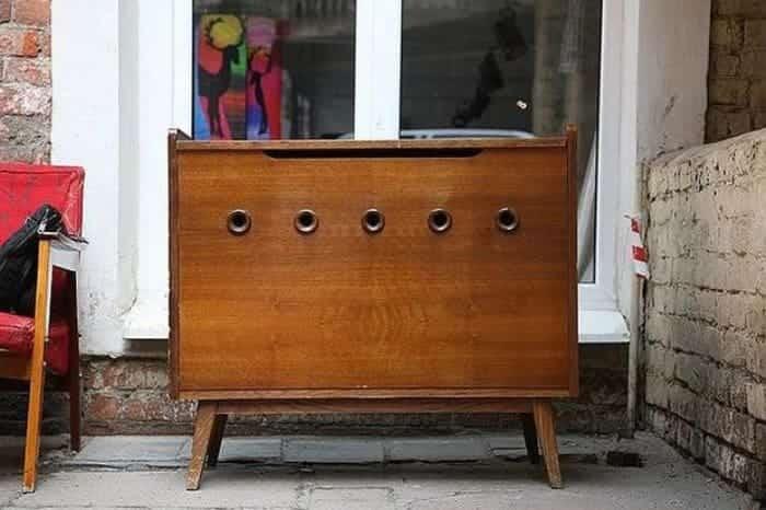 Устаревшая мебель