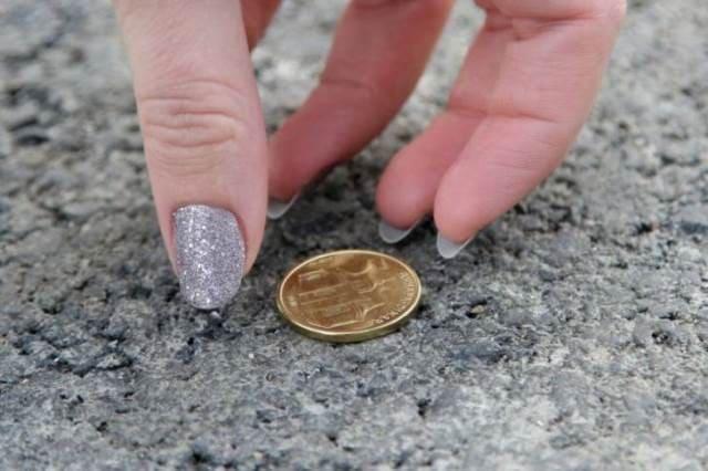 «Я наклонилась за монеткой, и это спасло мне жизнь»