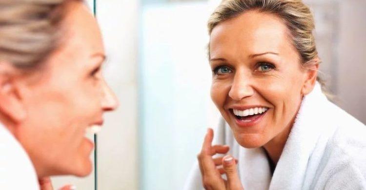 Правила сияющей кожи: как ухаживать за лицом 40 и 50 лет