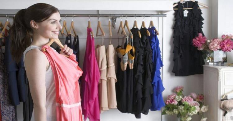 Модные ошибки: платья, которые не стоит надевать женщинам после 40