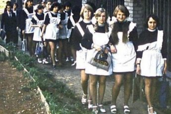 Какими были школьницы 70-х годов прошлого века