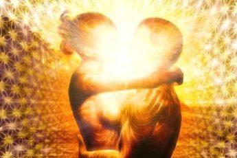Родственная душа по знаку Зодиака: с кем вы должны провести жизнь