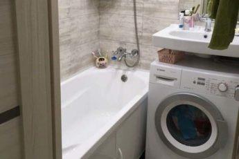 Жена ставила под ванну рюмку с коньяком. Я не понимал зачем, пока не остался дома один