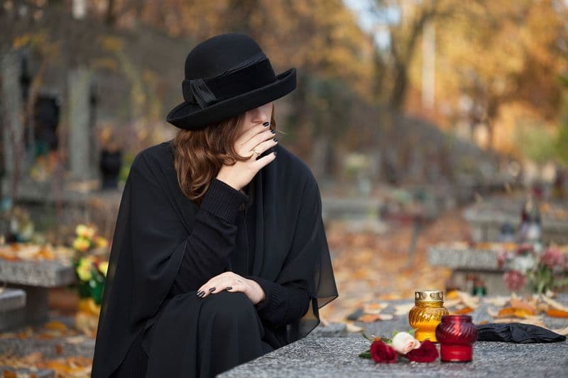 Почему нельзя ходить на кладбище по средам